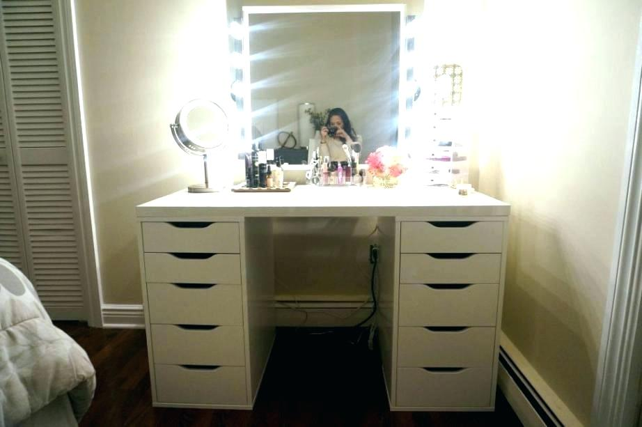 Picture of: Bedroom Vanity Table with Mirror