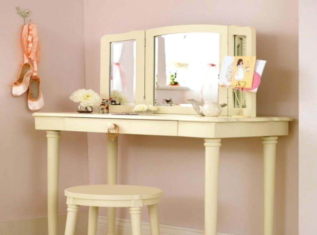 Picture of: Best Makeup Vanity Mirror