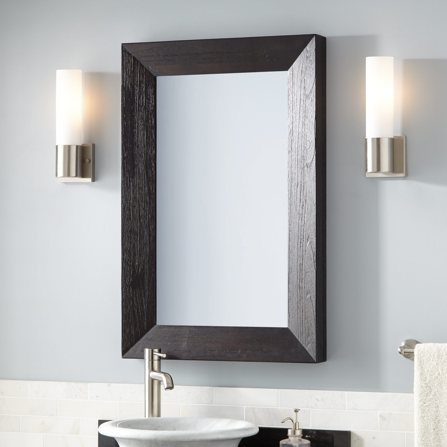 Picture of: Black Vanity Mirror Ideas