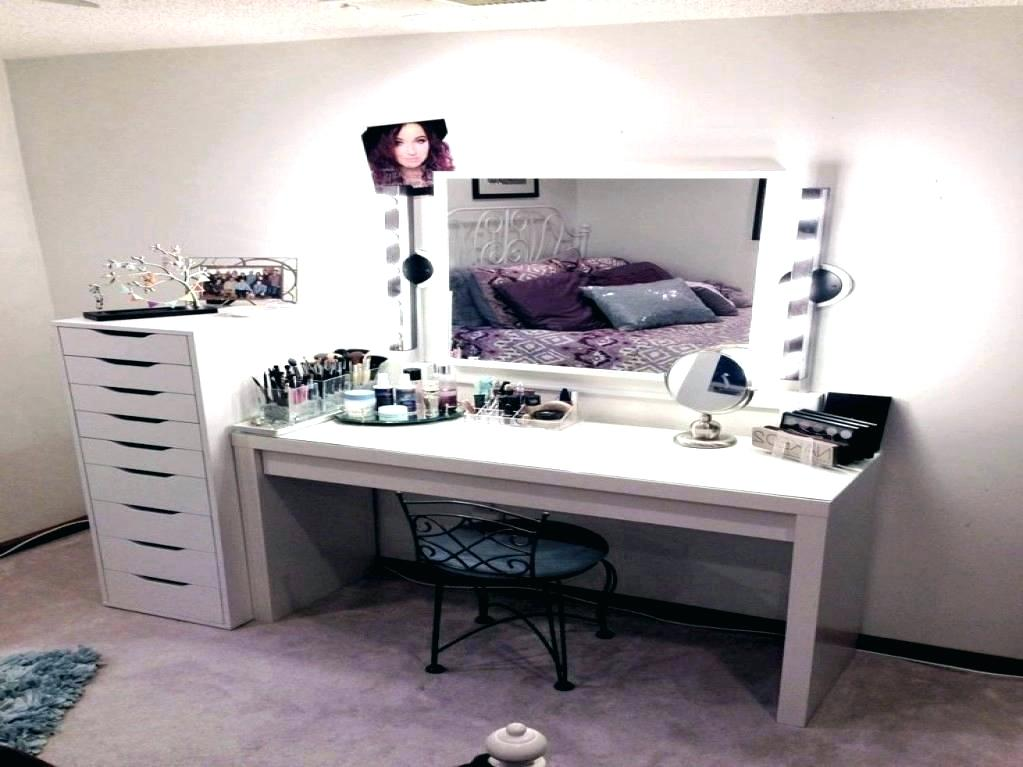 Image of: Buy A Bedroom Vanity IKEA