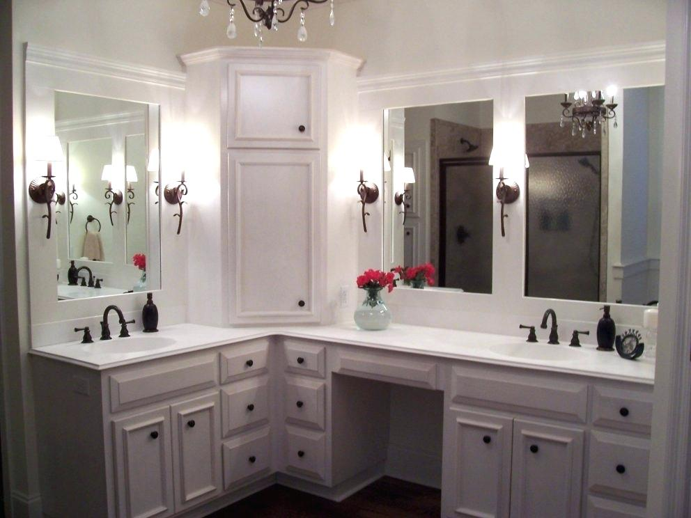 Picture of: Custom Vanity Table With Lighted Mirror