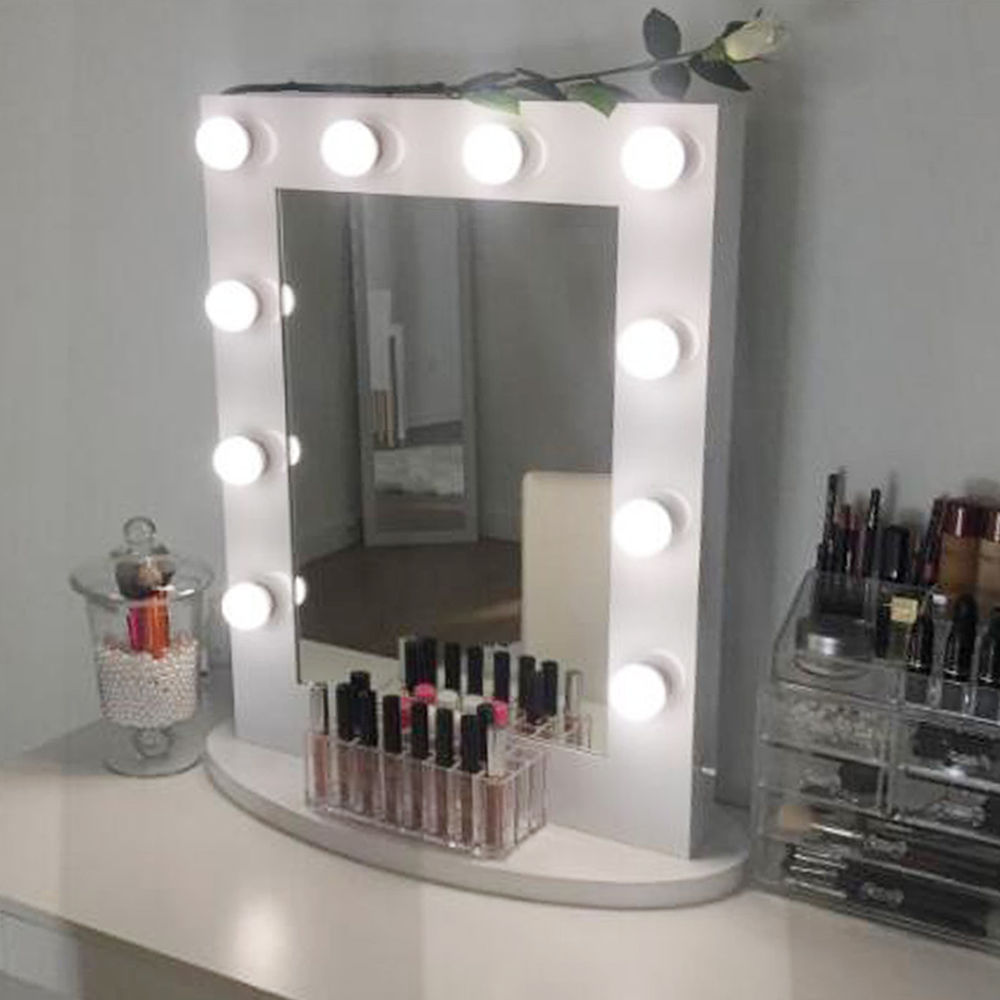 Picture of: Design Hollywood Vanity Mirror With Lights