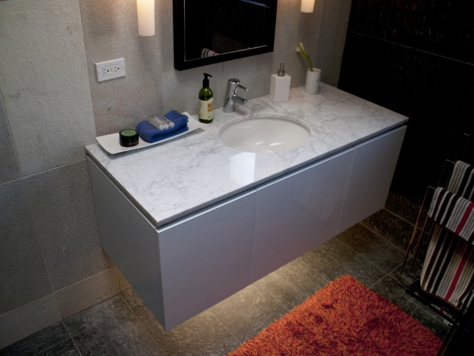 Image of: Floating Bathroom Vanity Modern