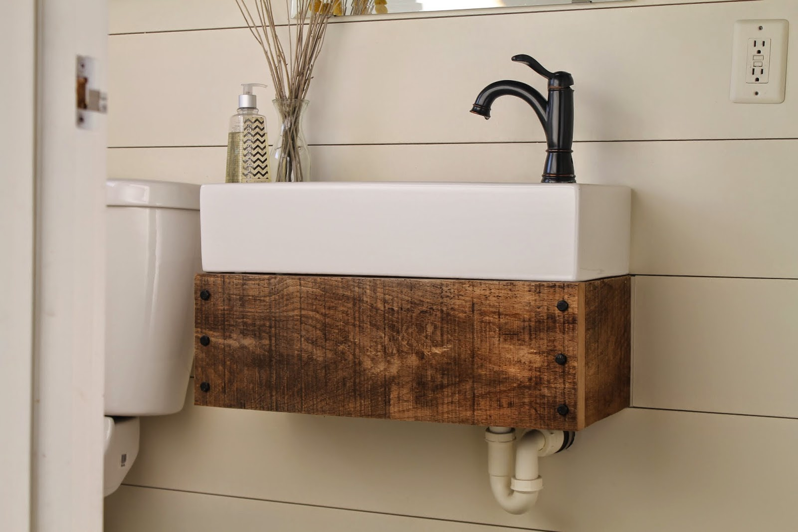 Image of: Floating Bathroom Vanity Remodel