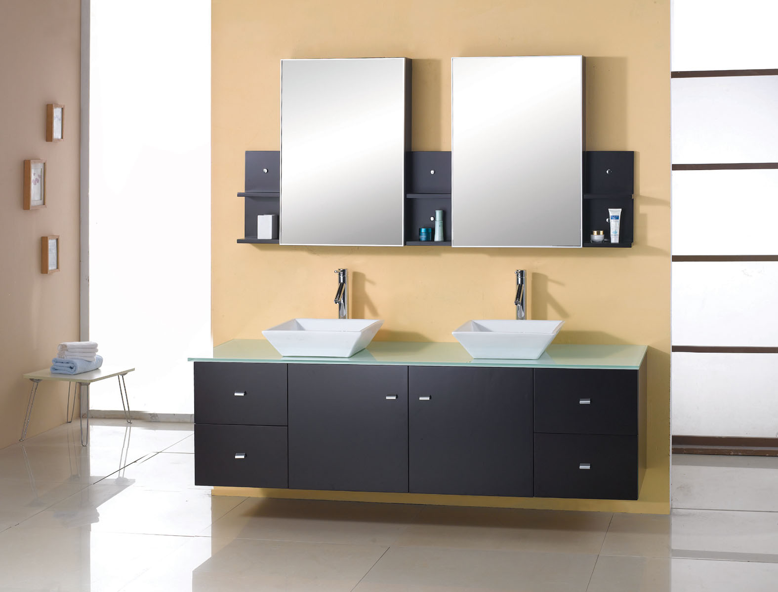 Image of: Floating Bathroom Vanity Stylish