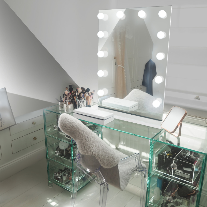 Picture of: Hollywood Vanity Mirror with Led