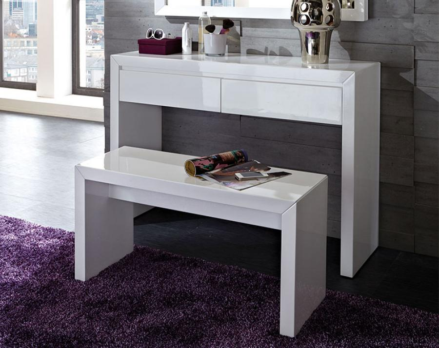 Picture of: Idea Bedroom Vanity Desk