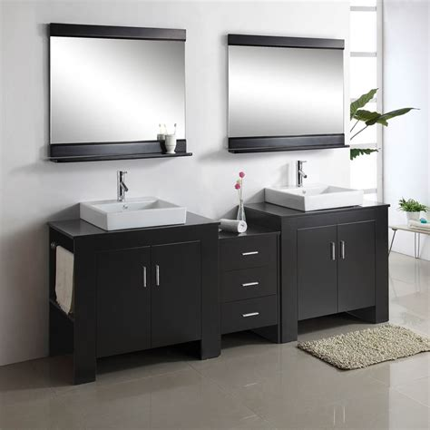 Image of: Innovative Double Vanity Bathroom