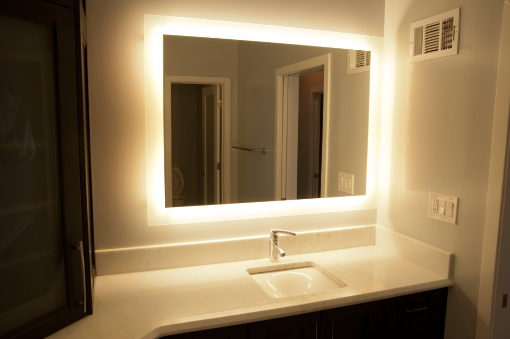 Picture of: Lighted Bathroom Vanity Light Fixtures Models