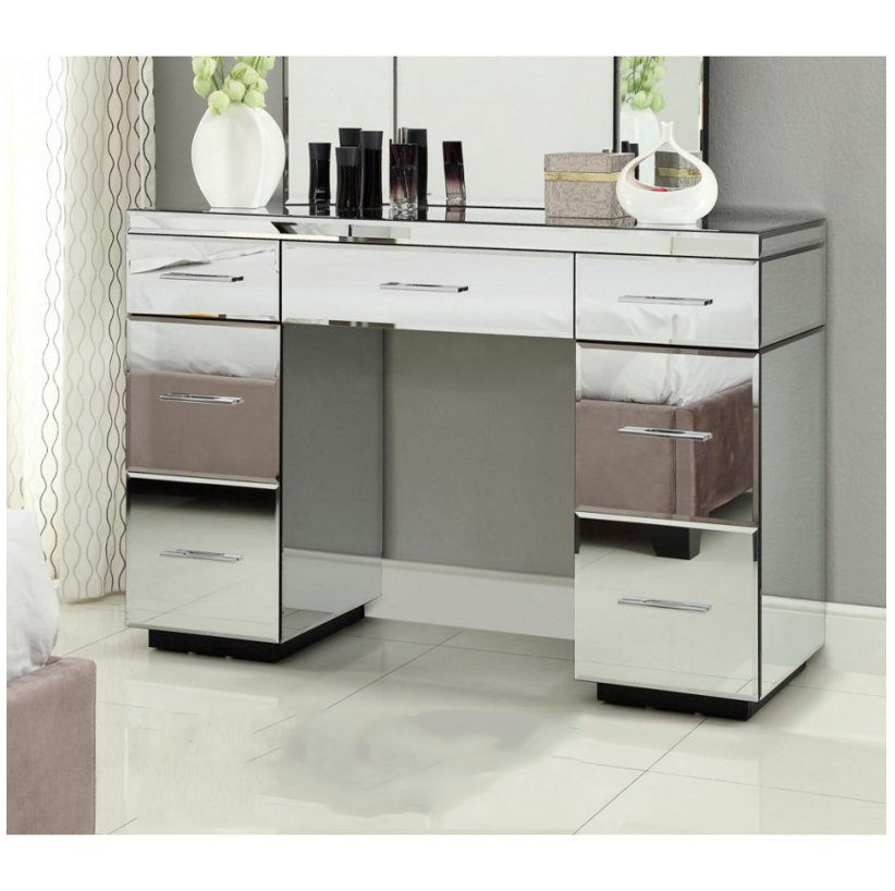 Image of: Mirrored Vanity Table Console