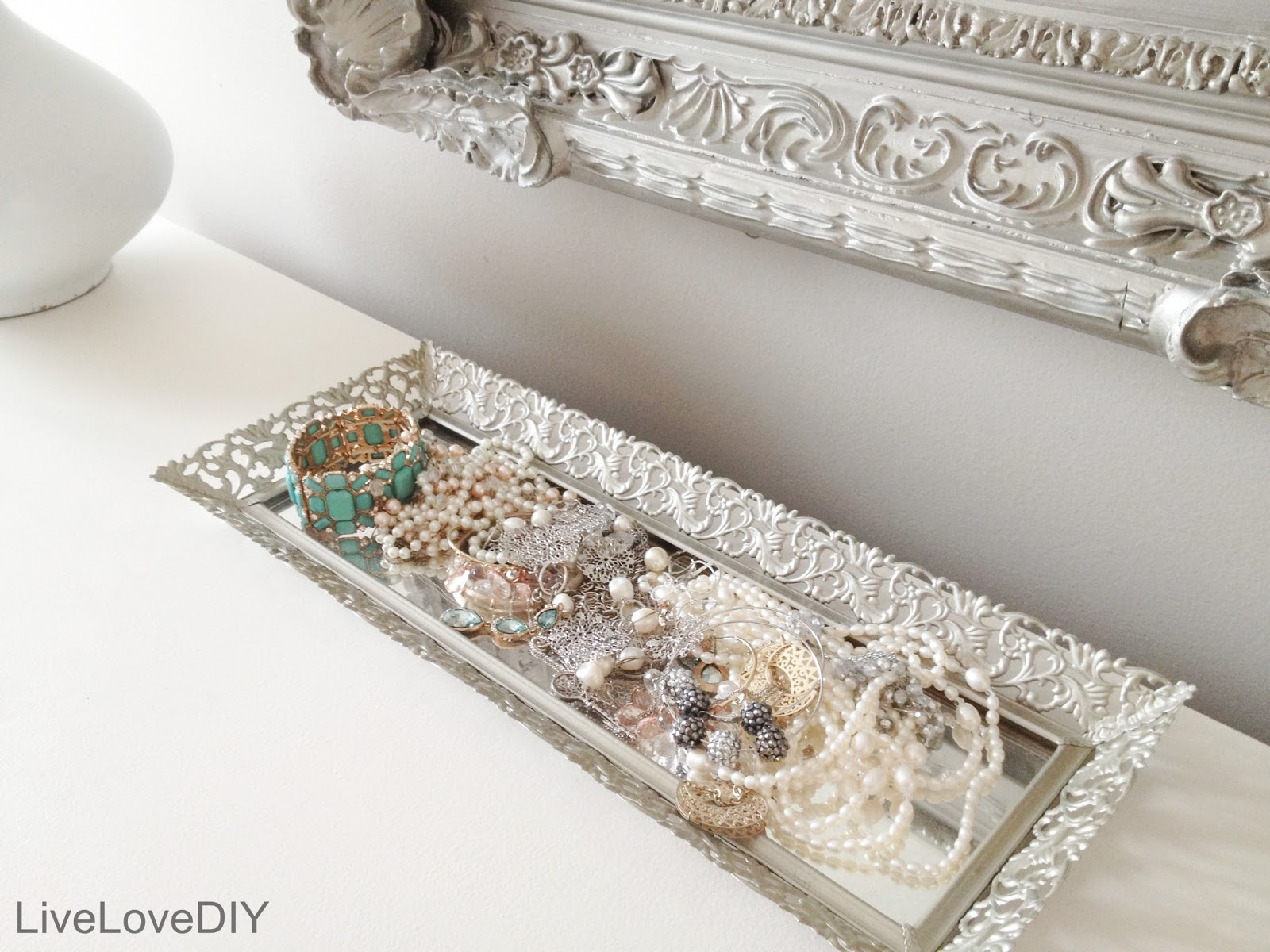 Image of: Best Ideas Of Dresser Perfume Tray In Styles Mirrored Vanity Tray for Vanity Trays For Dressers