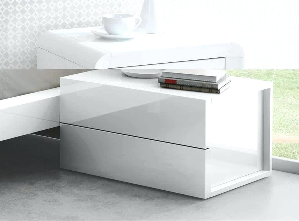 Picture of: Modern Bedroom Vanity Table