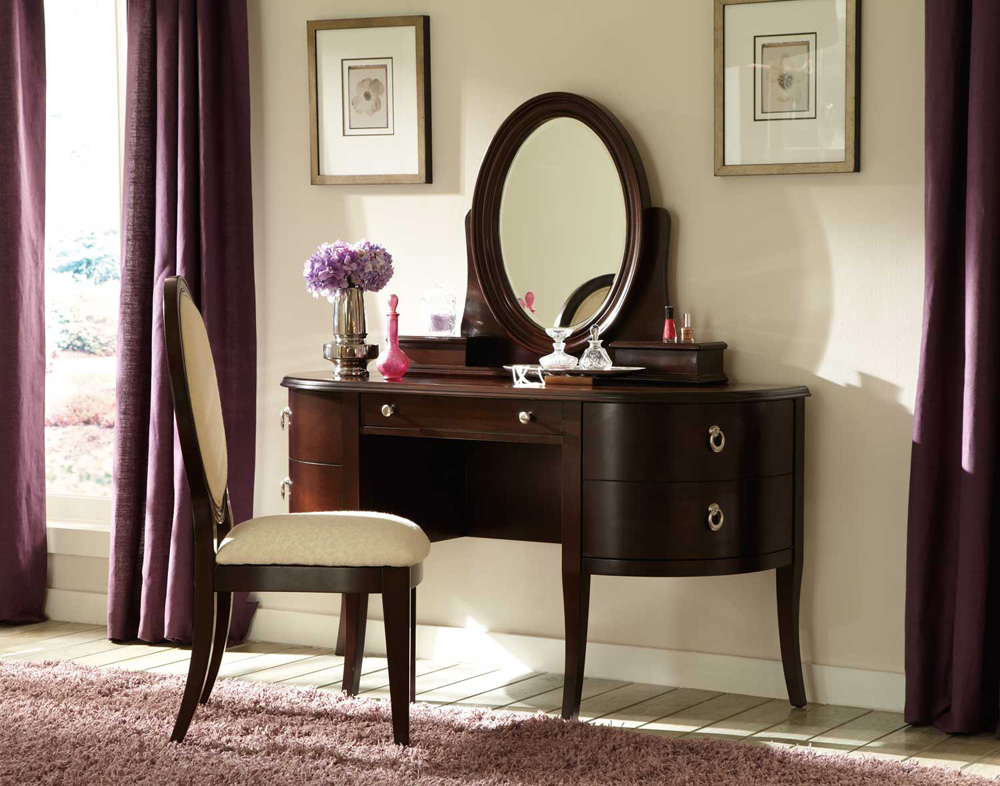 Image of: Oval Vanity Mirror Tables