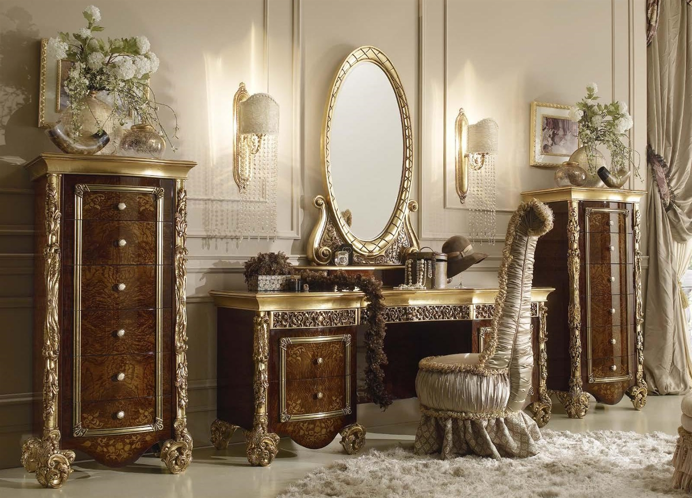 Picture of: Royal Vanity with Mirror