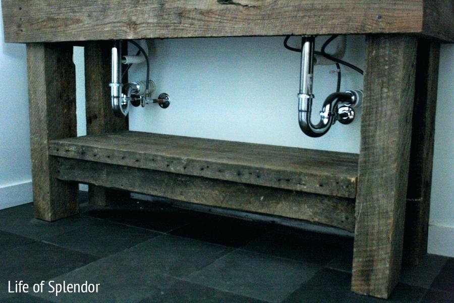 Image of: Rustic Bathroom Vanities and Cabinets Ideas
