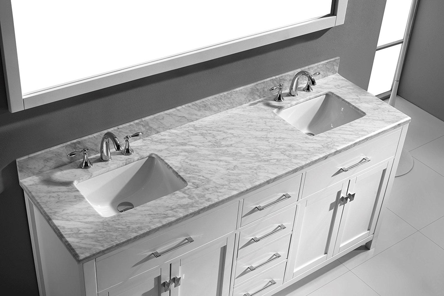 Image of: Small Double Vanity Marble Top