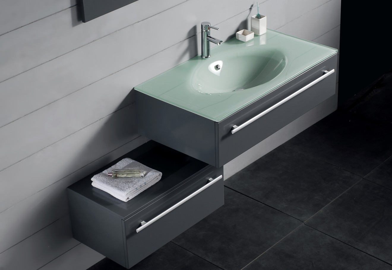Image of: Small Double Vanity Modern