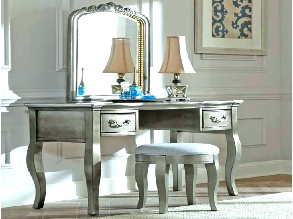 Picture of: Small Vanities for Bedroom with Lights