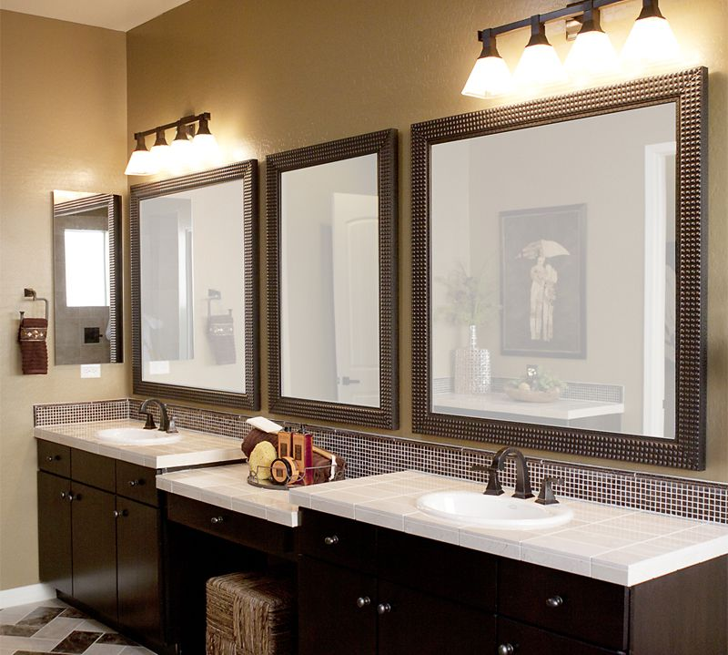 Image of: Traditional Double Vanity Mirror