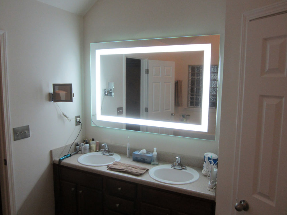 Picture of: Vanity Mirror With Led Lights Decoration