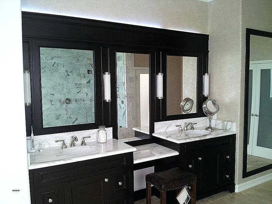 Picture of: Vanity Mirror with Light Bulbs around It