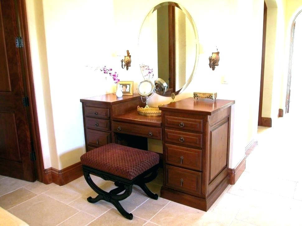 Picture of: Vanity Set With Lighted Mirror Bathroom