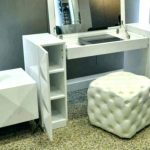 Vanity Set With Lighted Mirror Battery Operat