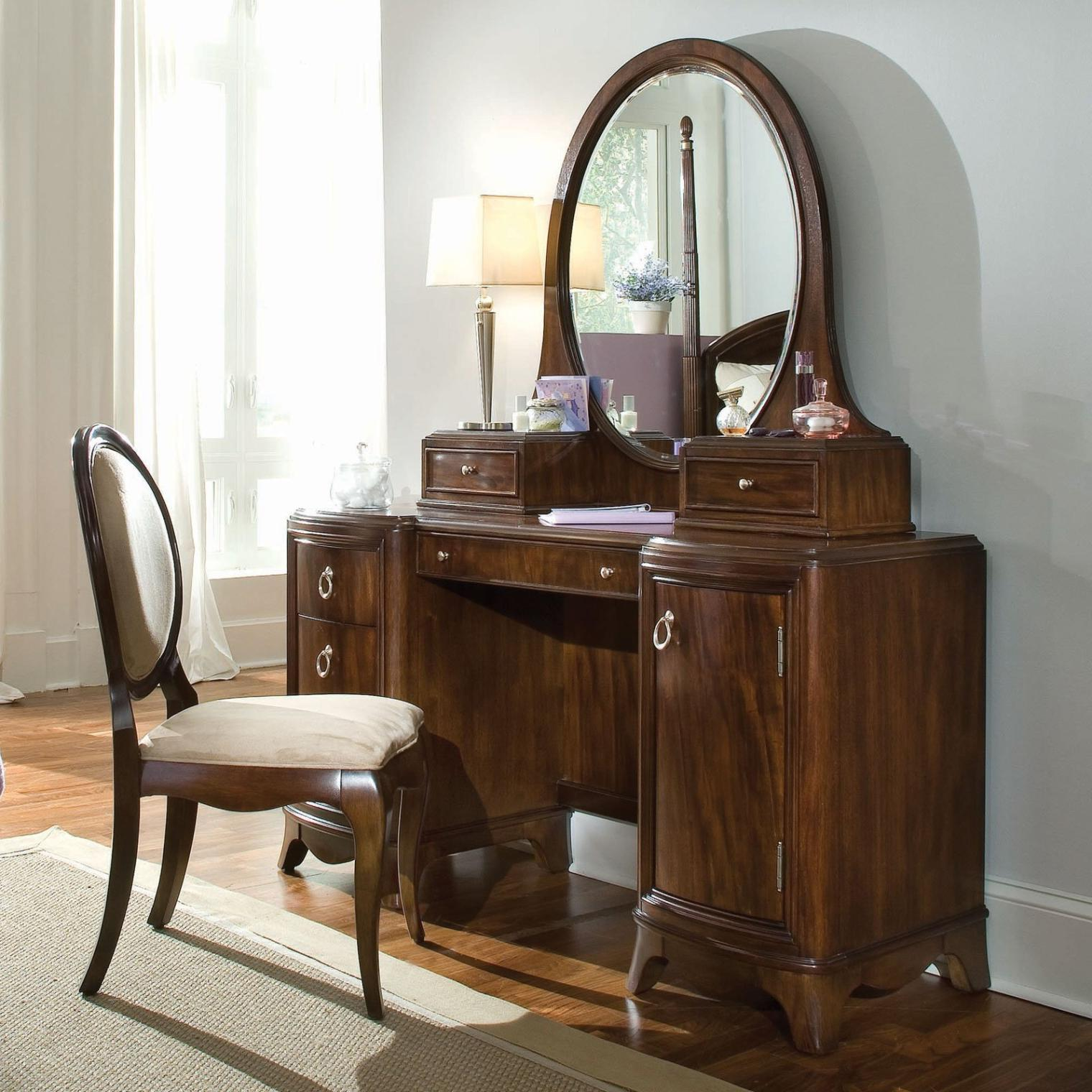 Picture of: Vanity Set With Mirror Round