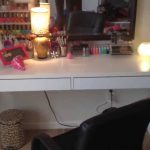 Vanity Table With Lighted Mirror Simple