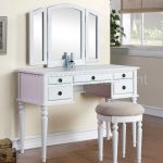 White Bedroom Vanity Set Color