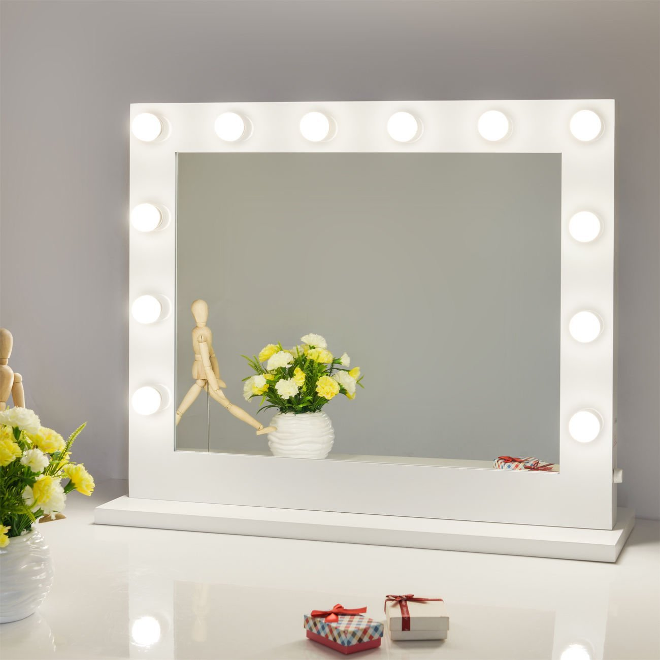 Picture of: White Vanity Mirror With Lights Diy