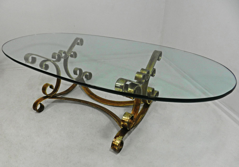 Image of: Awesome Oval Glass Coffee Table