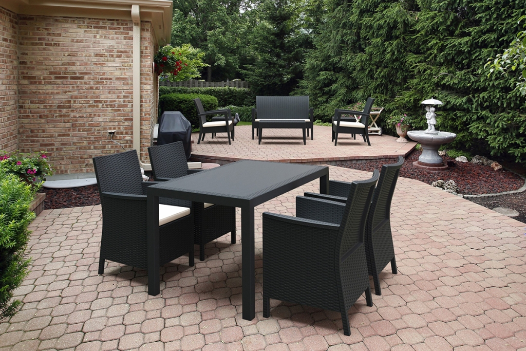 Image of: Awesome Rectangular Patio Table Style