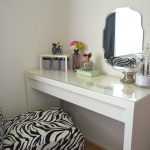 Bedroom Table Ideas Awesome Furniture Bedroom Makeup Vanity Table In Bedroom Makeup Vanity