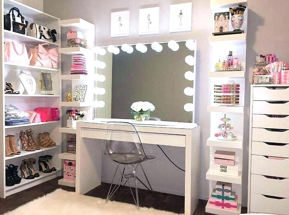 Image of: Cool Vanity Ideas for Small Bedroom