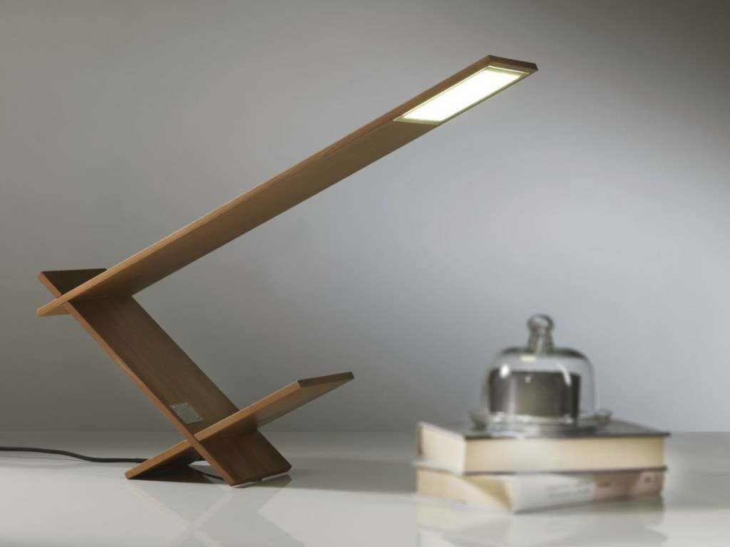 Image of: Cool Wood Table Lamp
