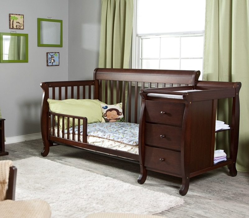 Image of: Cribs With Changing Table Combo Picture