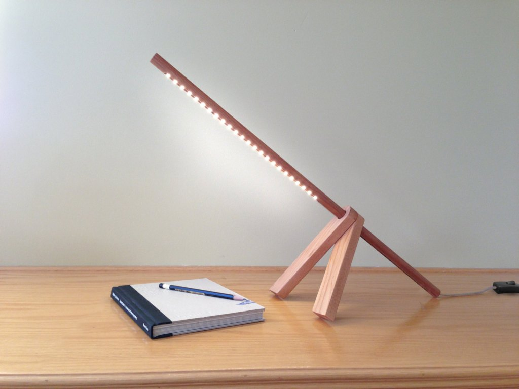 Image of: Cute Wood Table Lamp