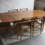 Drop leaf dining tables for small spaces