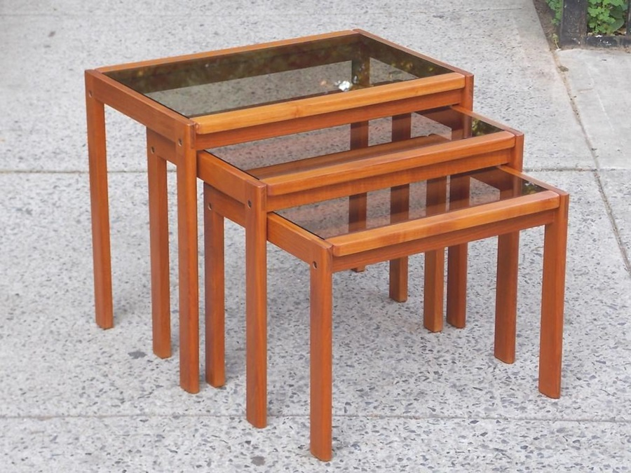 Picture of: Glass Nesting Tables Wood