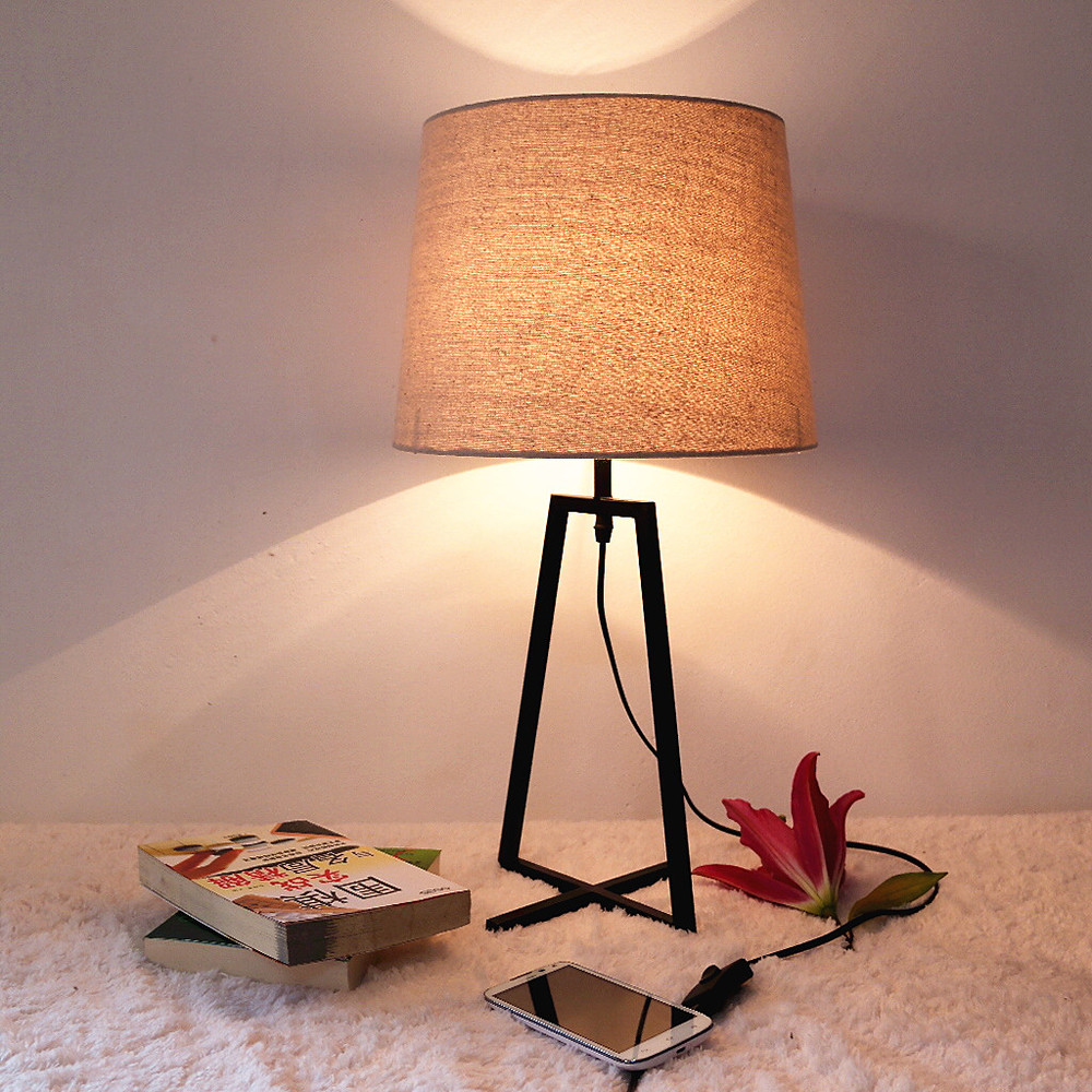 Image of: Latest Wrought Iron Table Lamps