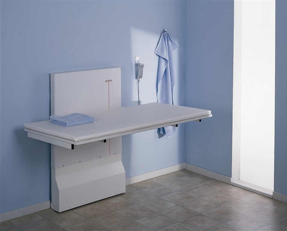 Image of: Laundry Folding Table Wall Mounted
