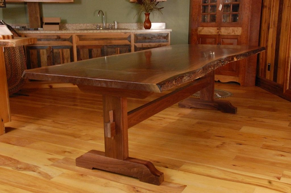 Image of: Live Edge Dining Table Ideas