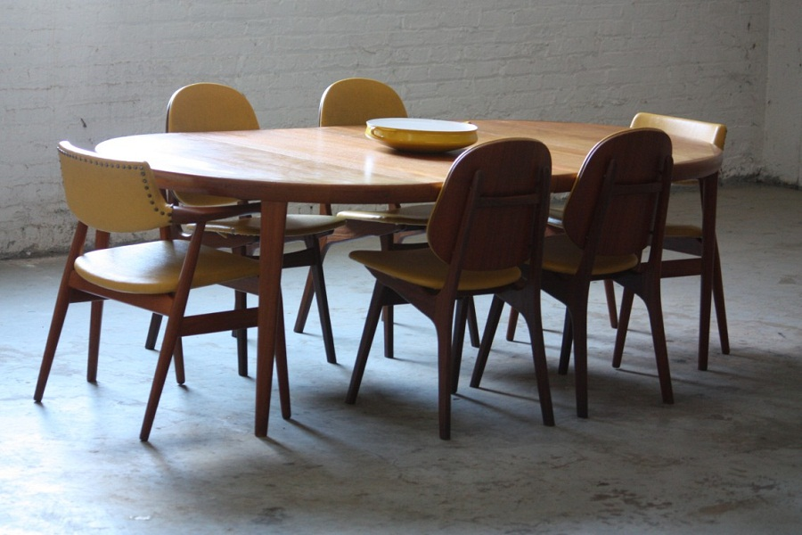 Image of: Mid Century Dining Table Oval