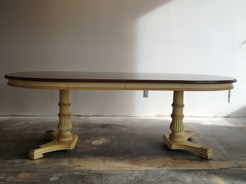 Picture of: Midcentury Oval Pedestal Dining Table