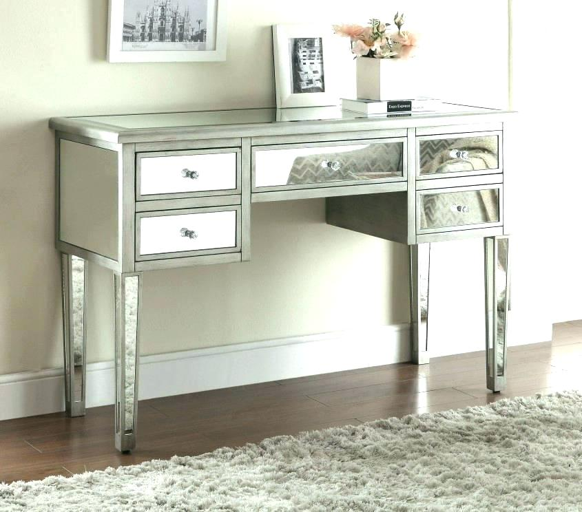 Image of: Modern Makeup Vanity Table With Lighted Mirror