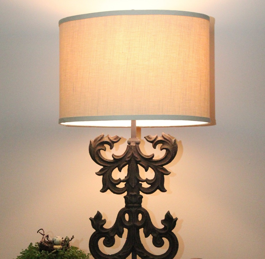 Image of: Modern Wrought Iron Table Lamps