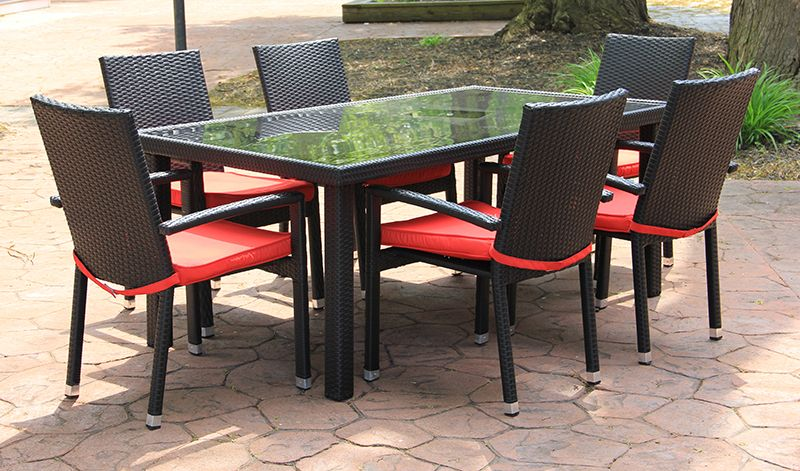 Image of: Outdoor Patio Dining Table Modern