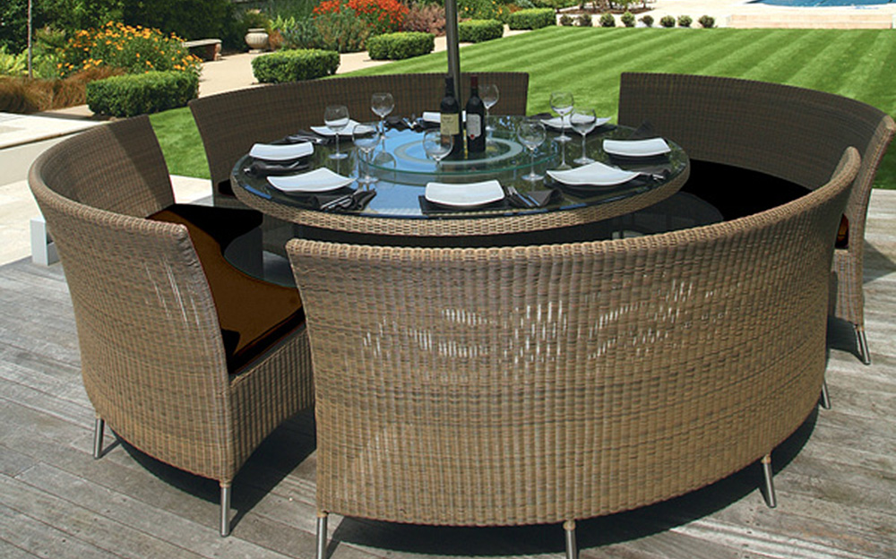 Image of: Outdoor Patio Dining Table Wicker