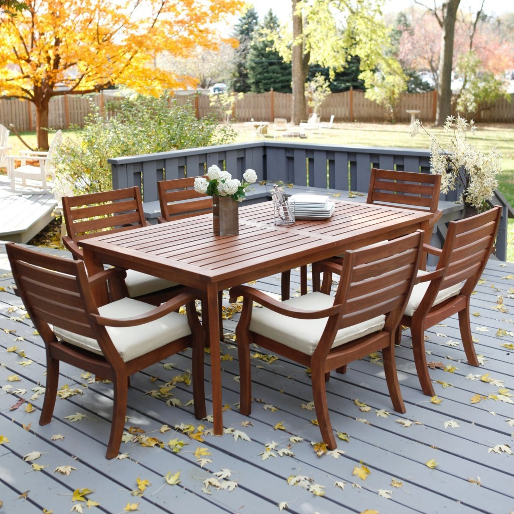 Image of: Outdoor Patio Dining Table Wood